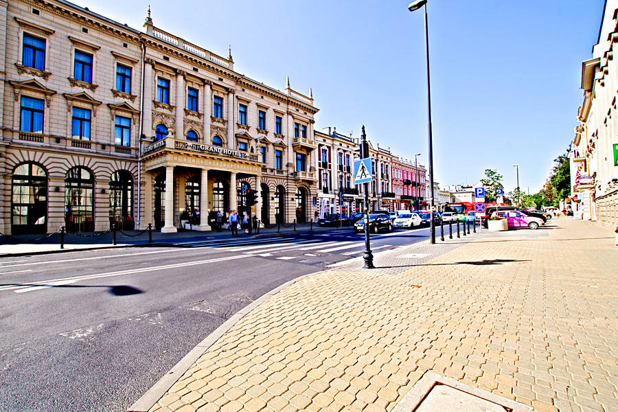 Bezruch na Krakowskim Przedmieściu
