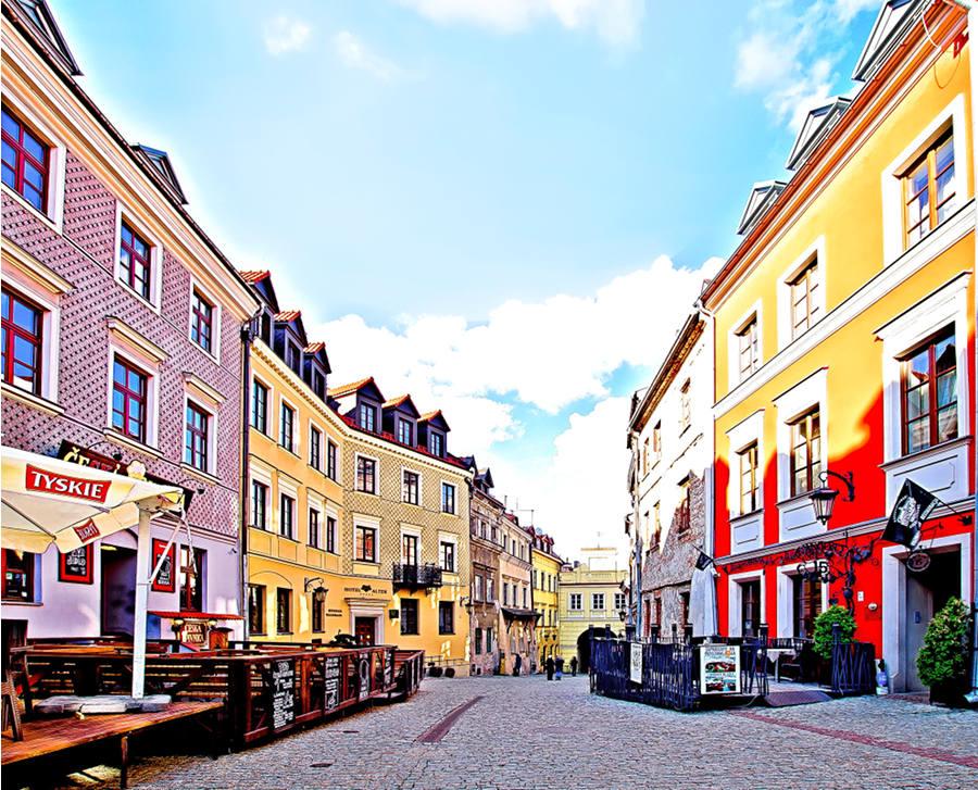 Ulica Grodzka, na lubelskim Starym Mieście, w pobliżu Hotelu Vanilla