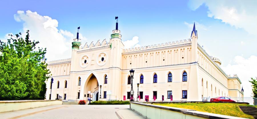 Zamek w Lublinie nad hotelem