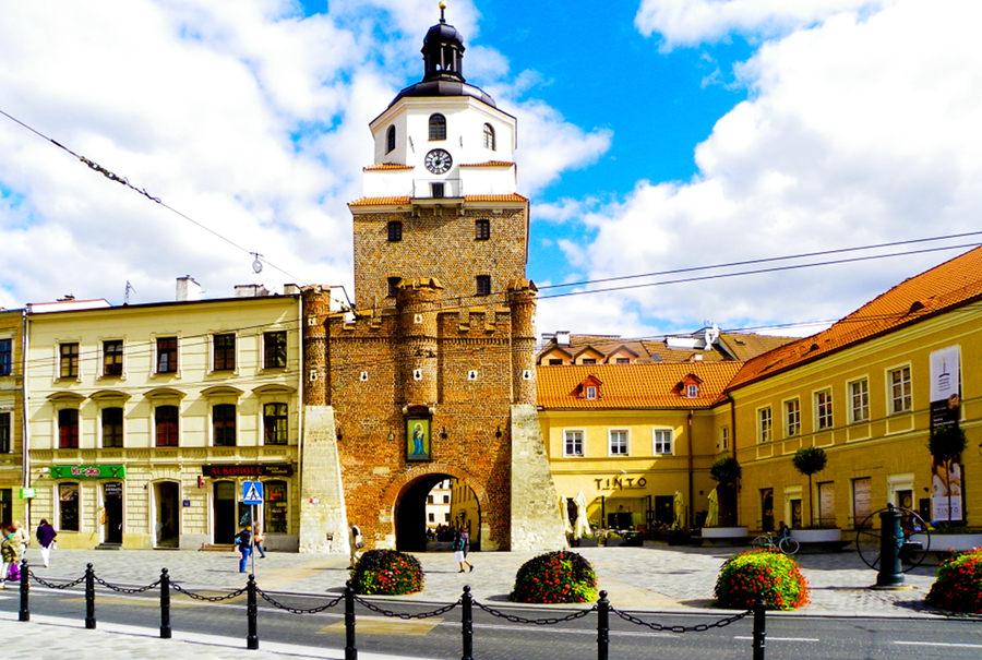 Brama Krakowska 500 m od hotelu