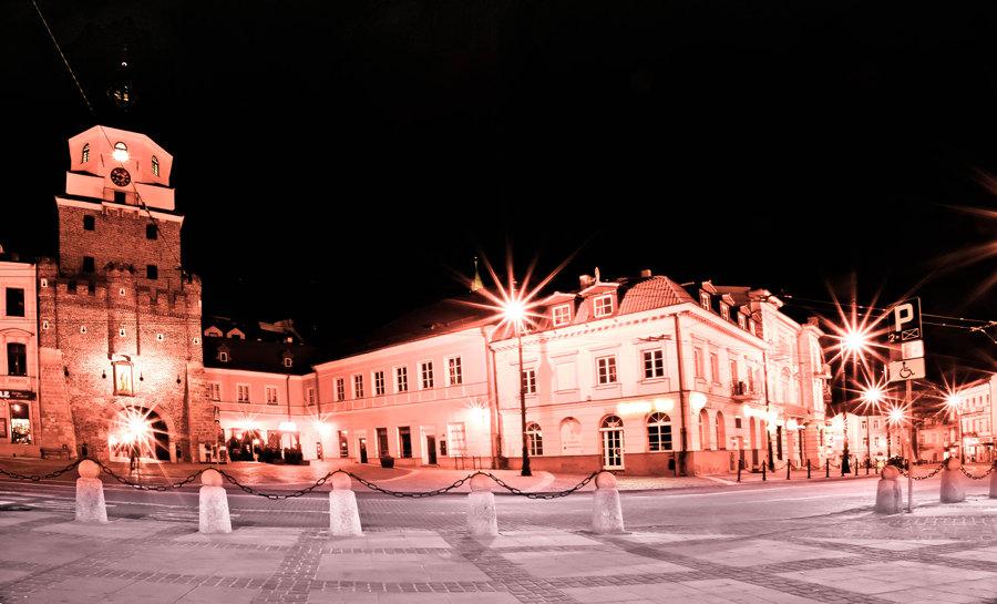 Brama Krakowska w światłach
