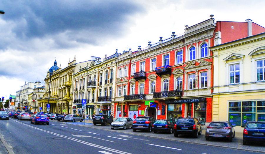 Krakowskie Przedmieście niedaleko Hotelu Młyn