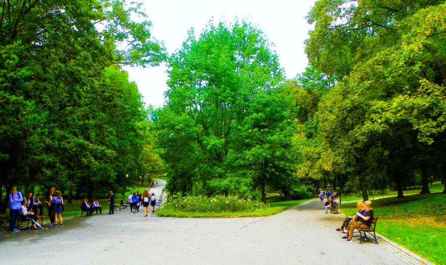Ogród Saski obok Hotelu Młyn