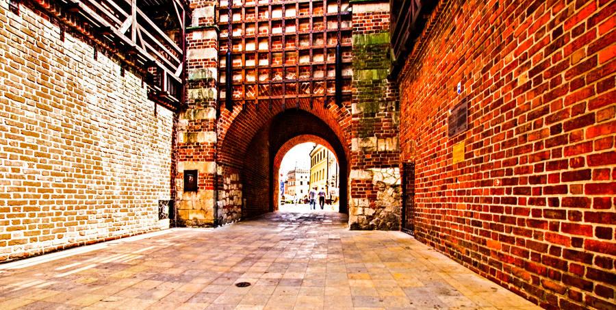Stare Miasto widoczne z Bramy Krakowskiej