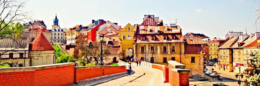 Ulicą Zamkową na Stare Miasto w Lublinie