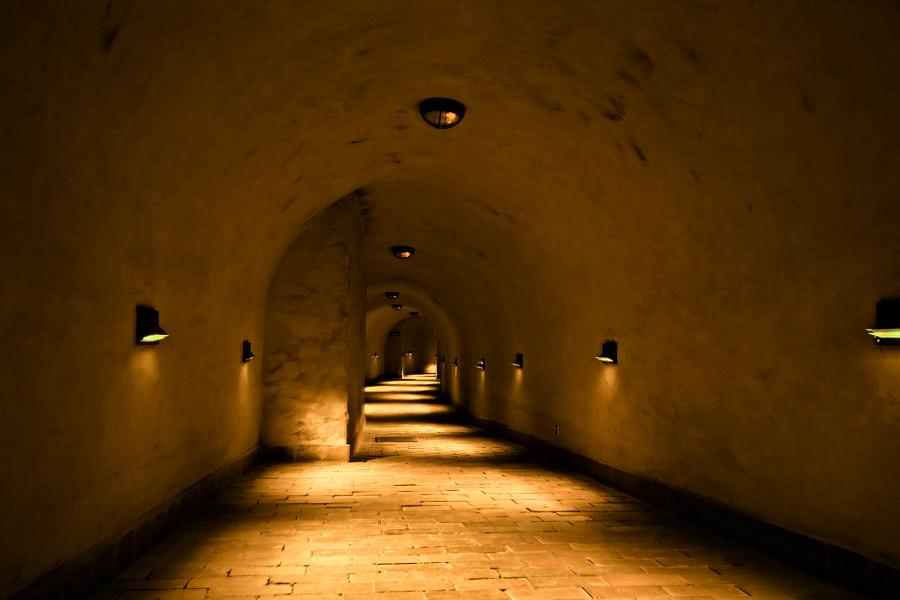 W podziemnym korytarzu na Starym Mieście w Lublinie