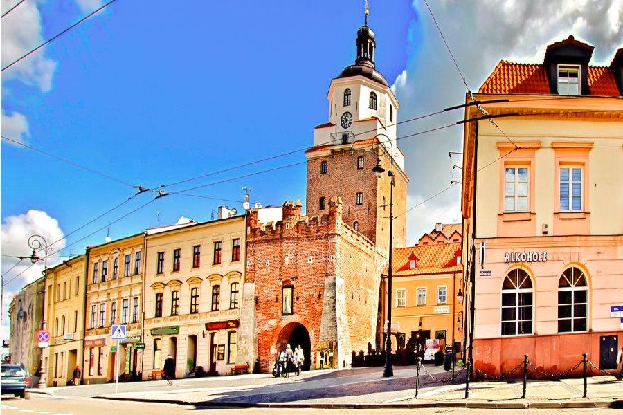 Brama Krakowska obok Hostel Królewska w Lublinie
