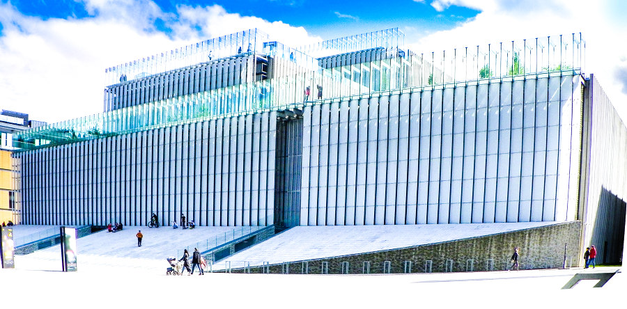 Centrum Spotkania Kultur 1500 m od Apartamentów Numer 6