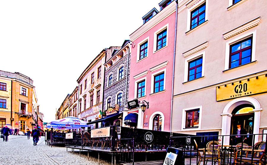 Ulica Grodzka przy Placu po Farze