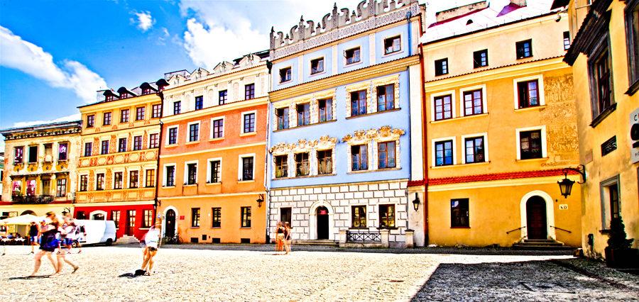 Pierzeja Rynku Starego Miasta w Lublinie, niedaleko Lolek Hostel
