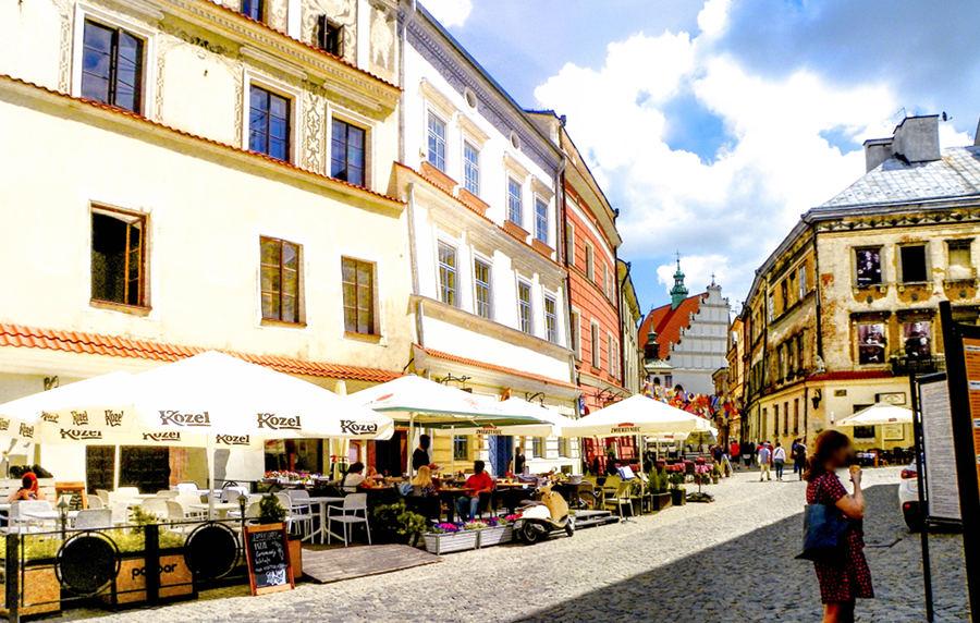 Rynek w Lublinie blisko hotelu Alter