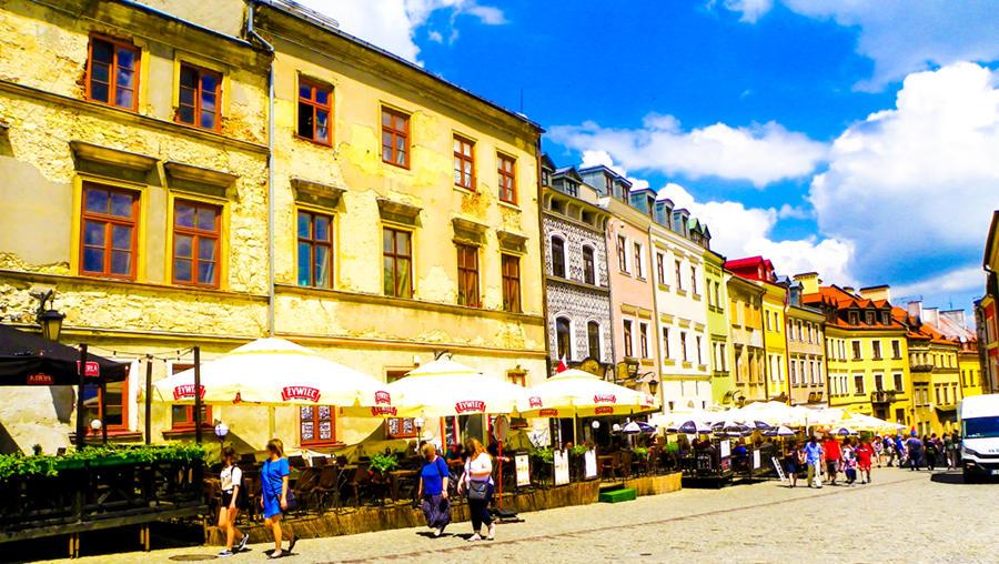 Z Hotel Waksman Lublin w górę ulicy Grodzkiej