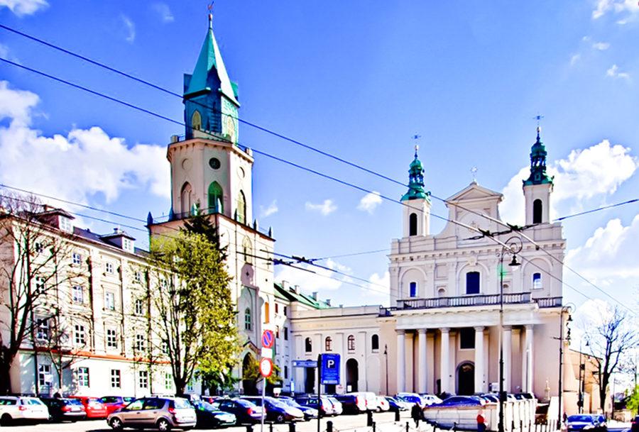 Zdjęcie z Królewskiej obok Hostelu - Wieża Trynitarska i Archikatedra Lubelska