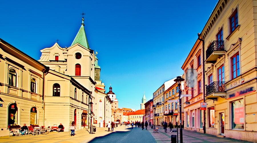 Trakt pieszy niedaleko Cent Hostel w Lublinie