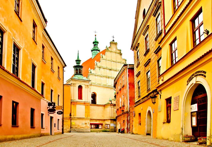 Apartamenty Nr 6 w Lublinie, w zaułku ul. Złotej - zdjęcie do galerii