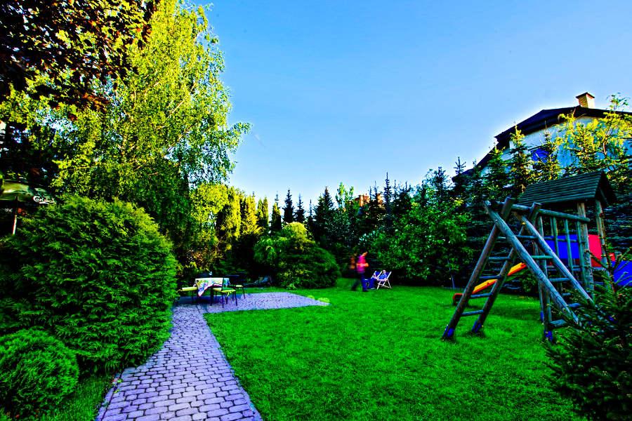 Ogród hotelu Focus w Lublinie, w galerii zdjęć