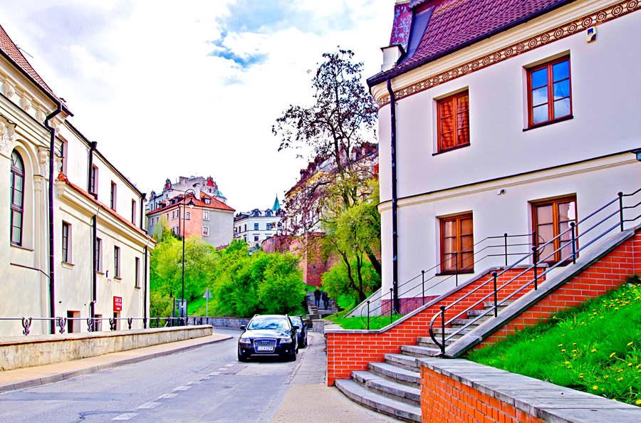 Ulica Podwale w Lublinie, przy Bramma Cafe-zdjęcie do galerii