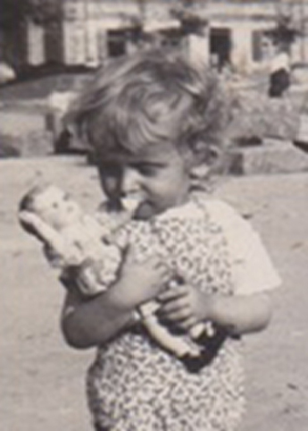 Skanowanie w Lublinie, zdjęcia małego chłopczyka z lalką