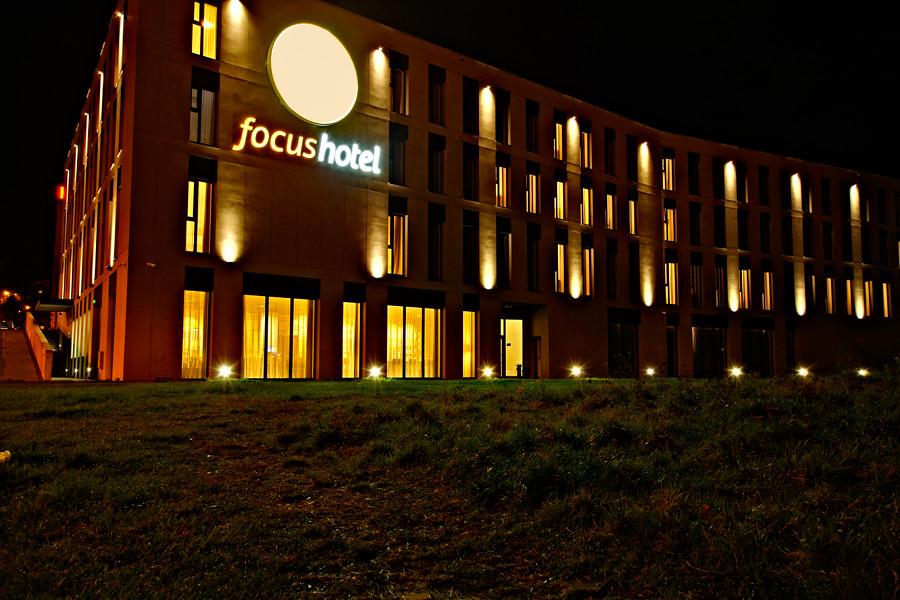 Focus Hotel Premium Lublin - zdjęcie nocne do galerii