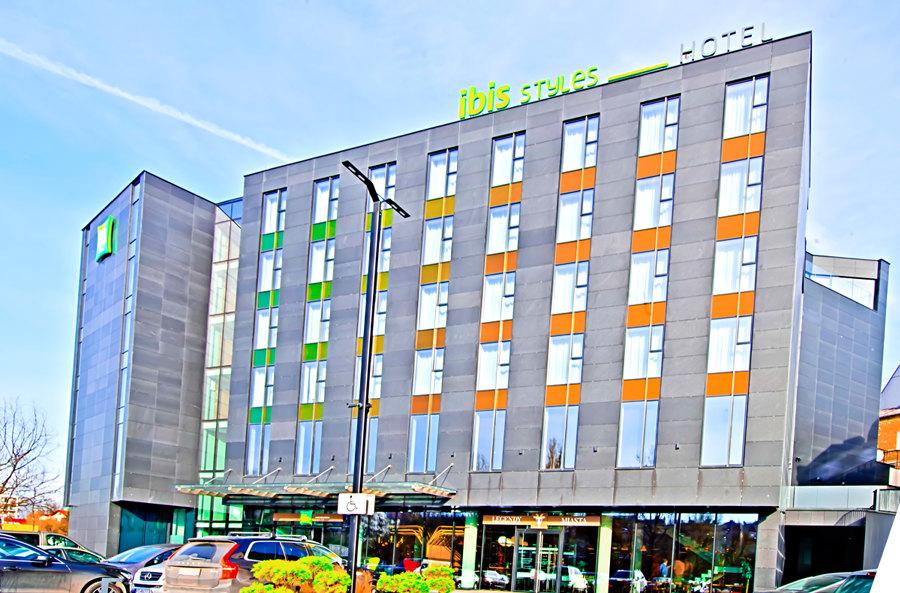 Bryła Hotelu Ibis Styles Lublin, do galerii zdjęć