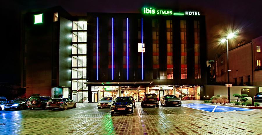 Hotel Ibis Styles Lublin o północy - zdjęcie do galerii