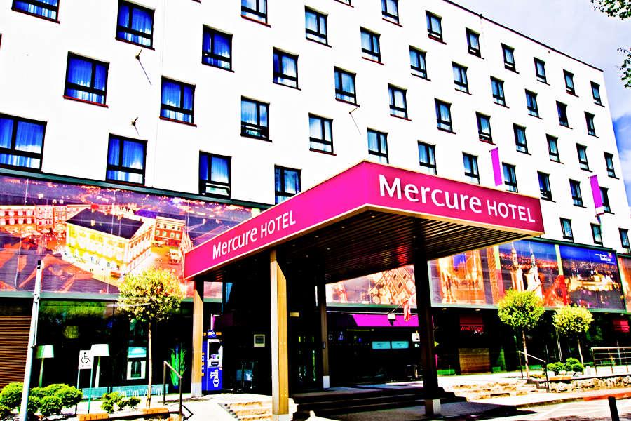 Wejście Hotelu Mercure w Lublinie - zdjęcie do galerii
