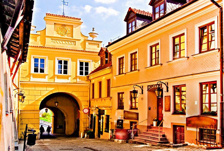 Hotel Rezydencja Waksman Lublin i Brama Grodzka - zdjęcie do galerii