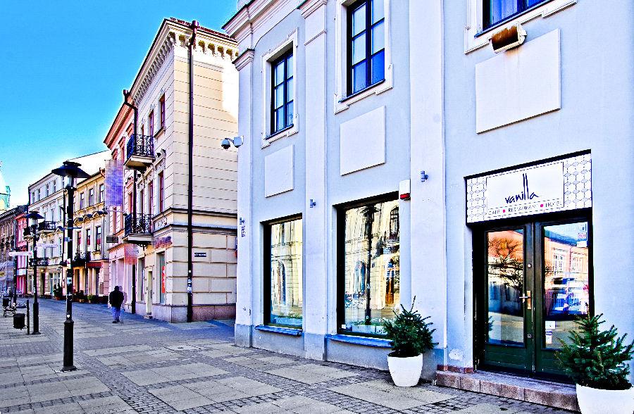 Wejście do cafe Hotelu Vanilla w Lublinie - zdjęcie do galerii