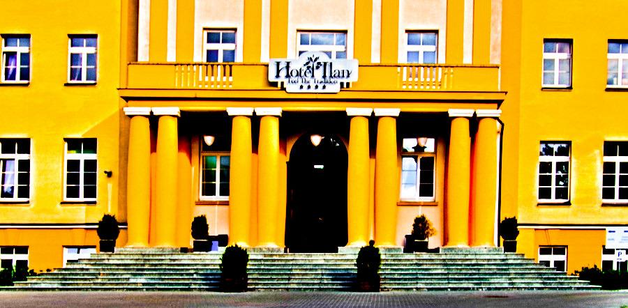 Frontonik Hotelu Ilan w Lublinie - zdjęcie do galerii