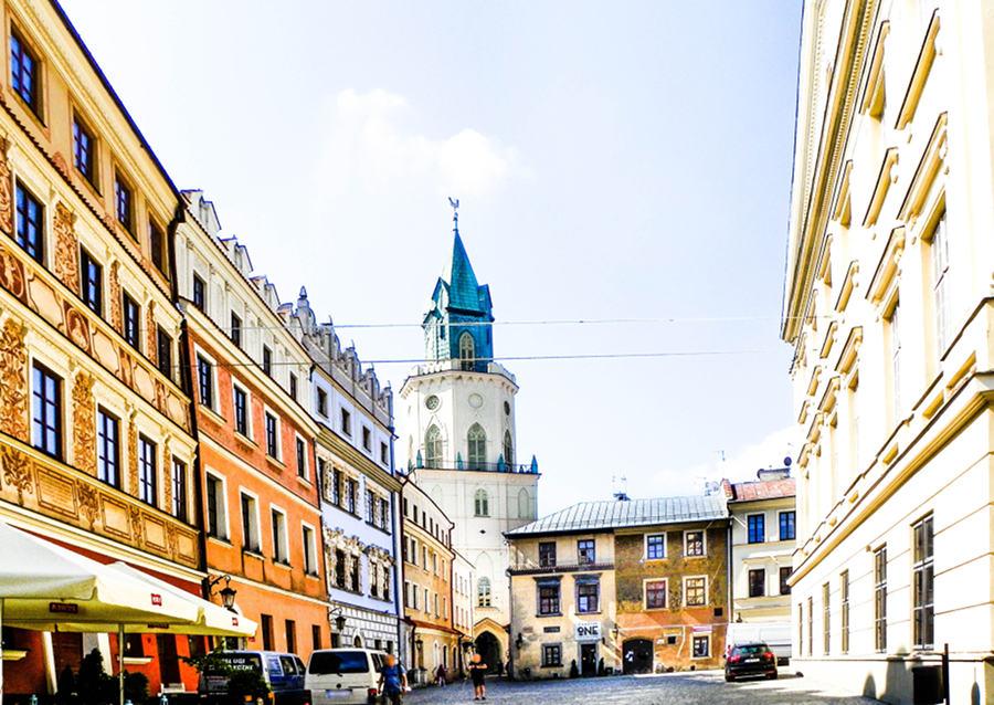 Atrakcje turystyczne Lublina zdjęcie z Rynku na wieżę