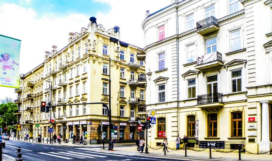 Boczna ulica prowadząca z Krakowskiego Przedmieścia do Hotelu Campanile Lublin - zdjęcie do galerii